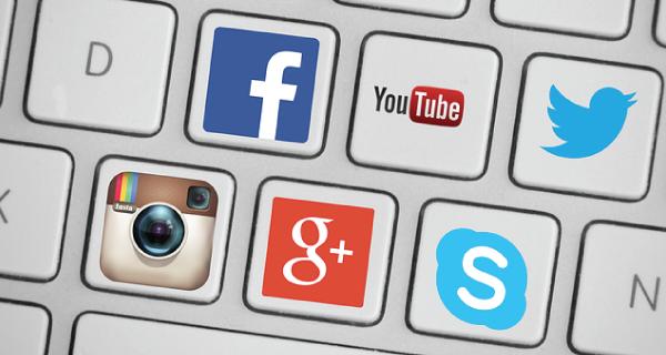 list-building-social-media